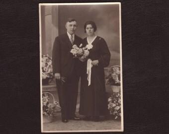 Couple wedding, marriage portrait - Antique real photo postcard, picture, rppc, Belgium 1925 - Antique vintage photograph (C3-18)