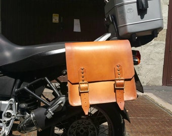 BMW r 1150 gs adventure distressed leather side bag