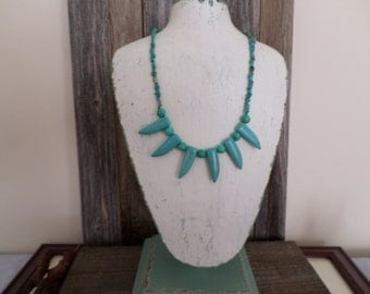 turquoise chips and magnesite teeth