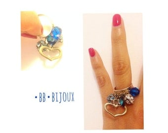 Ring with charm