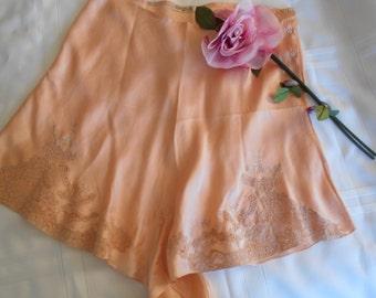 Beautiful 1930's Peach Silk Tap Pants/Lingerie