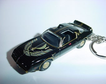 3D 1980 BANDIT Pontiac Trans am custom keychain by Brian Thornton keyring key chain finished in black diecast metal body hood opens t/a