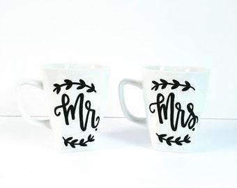 Mr. & Mrs. Mug Set   Black/White