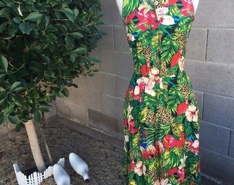 Vintage Tropical Parrot dress/Hawaiian/Summer/80s/90s/Size Medium