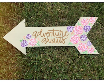 Adventure awaits floral arrow