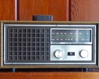 SounDesign Radio, SounDesign Model 3350,Decorative Radio, Vintage Radio, AM/FM radio