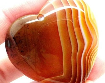 100 % Natural brown Agate heart shape pendant gem. Striped agate stone. 39*41 mm