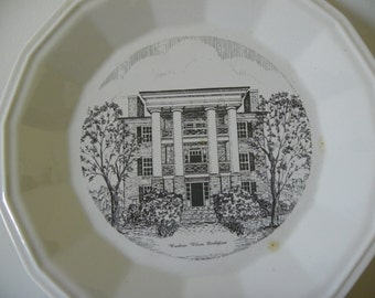 Vintage Souvenir Collector's Plate - Woodrow Wilson Birthplace - Full Size Plate