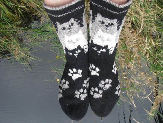 Knitting Pattern For Cat Socks : knit socks with cat wool socks knitted socks Scandinavian