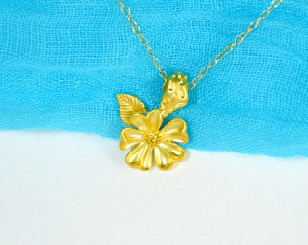 Gold flower necklace, Floral necklace, Daisy necklace, Blossom necklace, Botanical necklace, Gold daisy necklace, Flower necklace, Gift