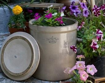 Vintage Robinson Ransbottom Stoneware Crock Cobalt Blue Crown with 5 and lid, Primitive Pickling Crock, Farmhouse Antiques