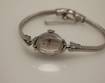 Vintage Gruen Ladies Watch 10k R.G.P. Bezel Stainless Steel Back 17 Jewels