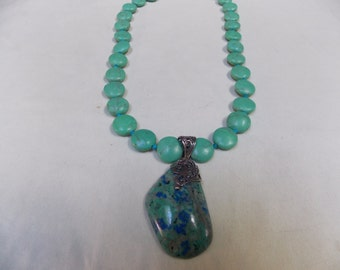 Beaded necklace,one of a kind Green Turquoise