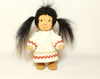Native American, waldorfdoll, seasonal table, bendable doll, doll, 13 cm doll, miniature, dollhousedoll, squaw, dollhouse, gift