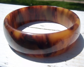 Bakelite Bangle, Butterscotch Tortoise Shell Perfect for Summer Simichrome Tested