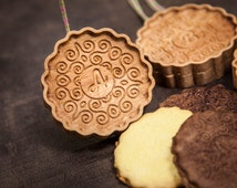 Personalized embossing cookie stamp, mold - perfect gift, hostess, springerle cookie, floral ornament, wooden