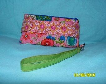 Della Clutch Wallet