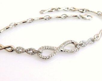 Gold infinity bracelet, 18k gold bracelet, Diamond bracelet, Infinity bracelet, Delicate bracelet, Gold diamond bracelet, Diamond chain