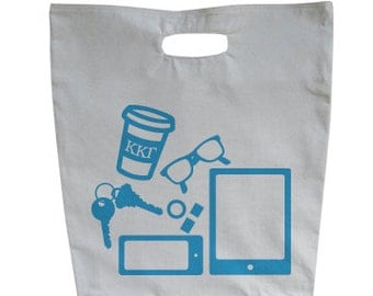 Kappa Kappa Gamma What's In Your Tote?
