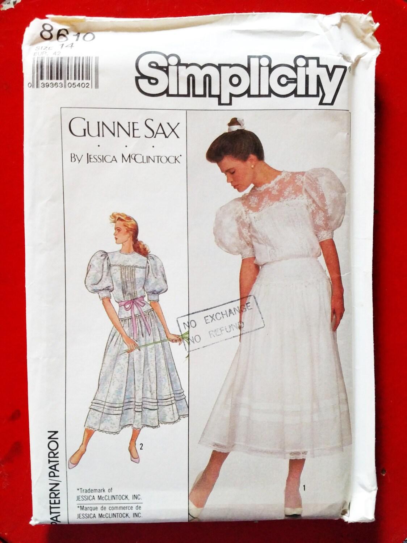 1988 Simplicity Gunne Sax by Jessica McClintock