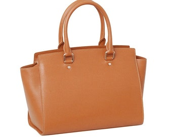 Leccio Satchel, a Made in Italy Saffiano Leather Handbag that stands out for its unique design.