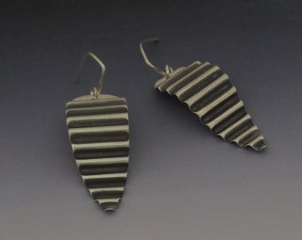 Gorgeous Curvaceous Dangle Earrings
