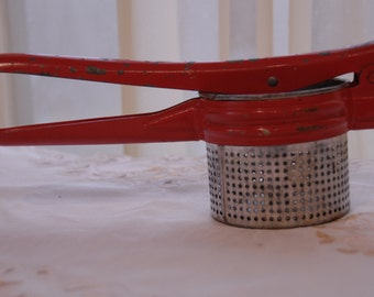 Vtg Handy Things Potato Ricer / Masher Red Handle Made in Ludington, Michigan