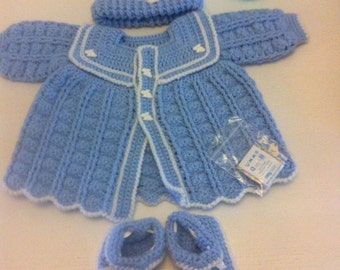 Stunning hand knitted baby boys romany/reborn outfit