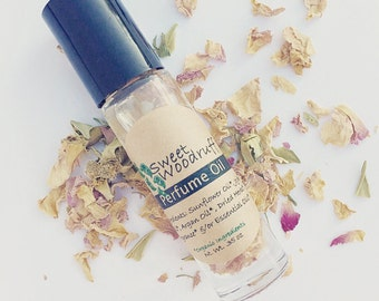 Organic Perfume Oil | Natural Perfume | Perfume | Perfume Oil | Organic Perfume | Vegan Perfume | Natural Perfume Oil | Fragrance | Roll On