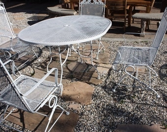 Vintage Woodard Patio Set, Salterini model, Oval table and 4 rocking chairs, Made of Wrought Iron Metal,