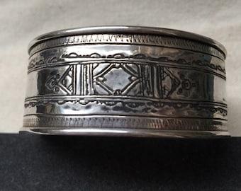 Silver cuff beacelet - Tuareg design - handmade in Cairo