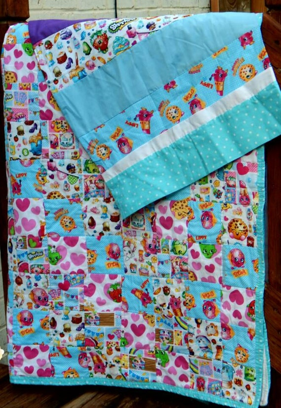 Shopkins quilt and pillowcase