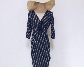 DVF Inspired Wrap Dress - Classic Tulip Wrap Dress (Black)