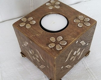 Candlestick wood, Square wooden candlestick, Candlestick, Wooden candle holders with flowers, Recycled wood candleholder, Candleholder,Gift