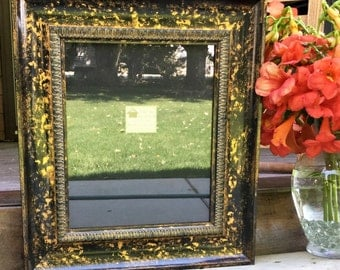 Vintage Black and Gold 10 x 12 Frame