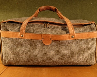Beautiful Hartmann Luggage Tweed  Duffle, very clean!