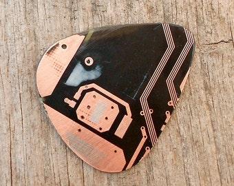 Electronic Guitar Pick - Black circuit board
