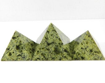 Set of 3 Serpentine stone pyramids from Russia