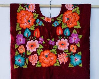 Huipil bordado a mano, Blusa mexicana(HTF5), coleccionistas. Estilo mexicano, vintage. Frida Kahlo clothing. Mexican Style