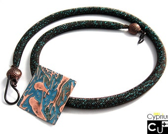 Handmade necklace/Tubular NET/Crystal beads/Embossed copper pendant/Teal beads