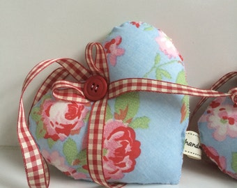Flowery Hanging Hearts ~ Hanging Hearts in Cath kidston Fabric ~ Shabby Chic home Decor ~