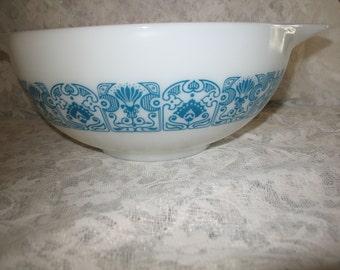 Vintage pyrex Bowl blue horizon blending Cinderella #443 (2 1/2 pint) 1970/80
