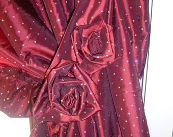 Taffeta two panels curtain, with ruffle, decor roses, with embrasse, red bordeaux fabric with silver sequins