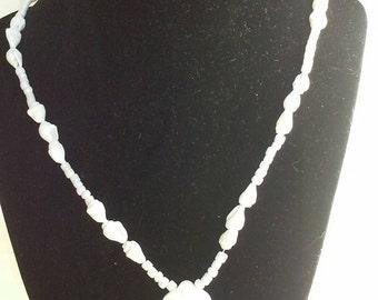 white flower seashell pendant necklace