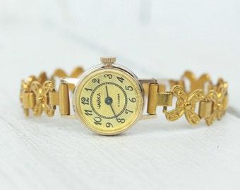 Soviet watch Women's Wrist Watches Chaika 17 jewels Vintage wrist watch Soviet ladies watch Antique watch Chaika watch USSR russian watch