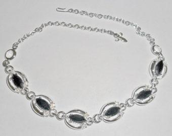 Pretty dressy vintage silvertone black and ab rhinestone choker necklace
