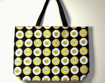 Daisy Print Tote Bag,  Reversible Tote Bag, Handmade Tote Bag, Lined Tote Bag, Canvas Bag, Beach Bag, Large Tote Bag, Fabric Tote Bag