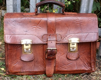 Vintage brown leather Briefcase, leather satchel briefcase, vintage attache bag, large leather briefcase satchel bag