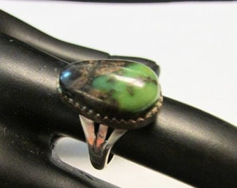 Vintage Estate Well Made Marked Silver Green Brown Turquoise Southwestern Ring