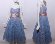 50s ball gown blue lace tulle full skirt lavender satin sash corset belt prom dress fantasy princess costume floral maxi party pastel XS